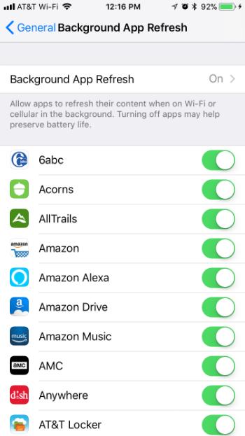 Como se configura la actualización de la aplicación en segundo plano a Wi-Fi sólo en el iPhone y el iPad.