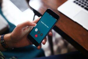 Como se utiliza el servicio de conexión de Alexa y otras funciones de comunicación